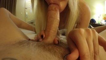 MILF Brandi Love fuck her stepdaughter